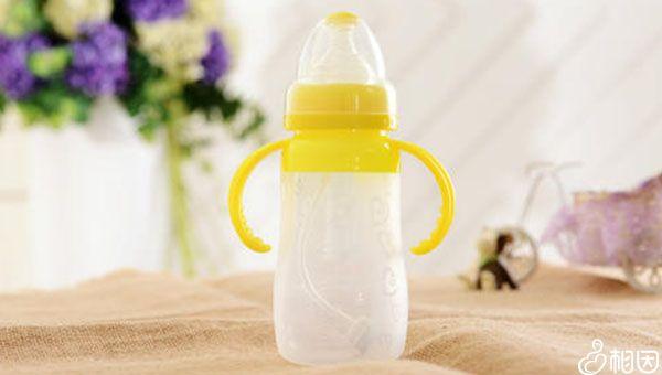 硅胶奶瓶有使用年限