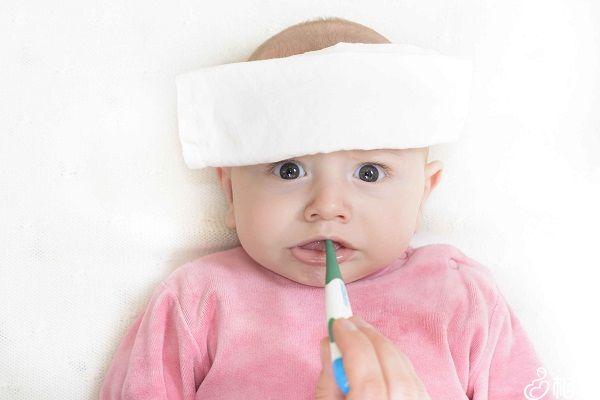 接种完麻腮风疫苗需定期监测体温