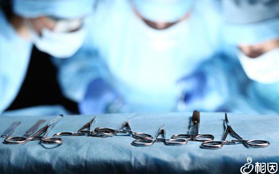 腹腔镜打孔术