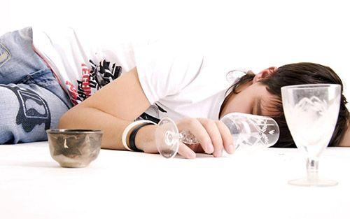 过量服用强的松的危害