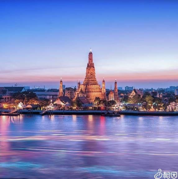 泰国知名旅游景点 - 郑王庙