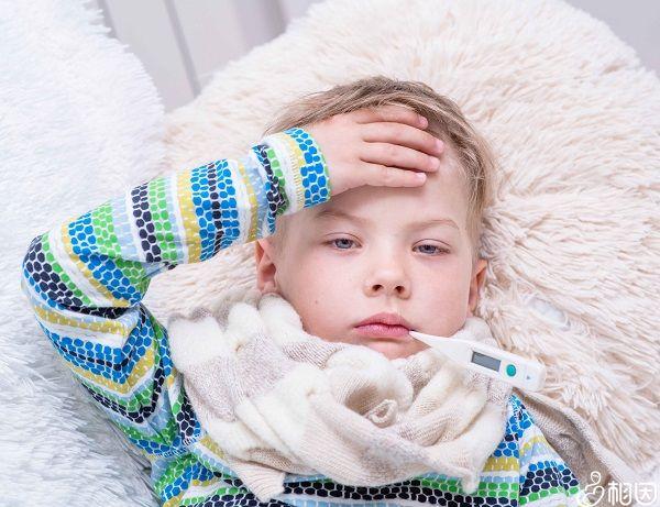 宝宝发烧须暂缓接种疫苗