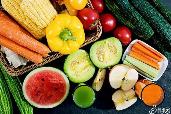 出现副作用可以多吃新鲜水果